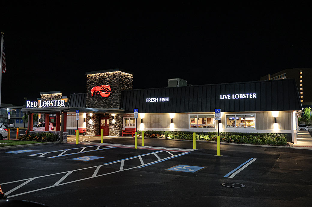 Red Lobster Exterior Signs