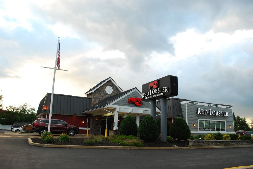 red-lobster-exterior-signs-1