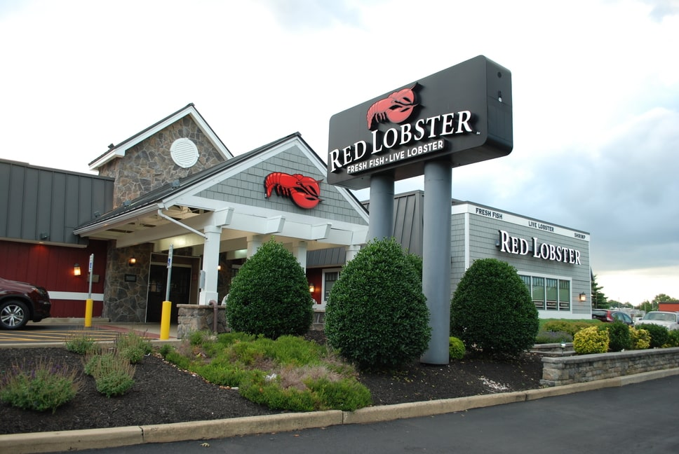 red-lobster-exterior-signs-2