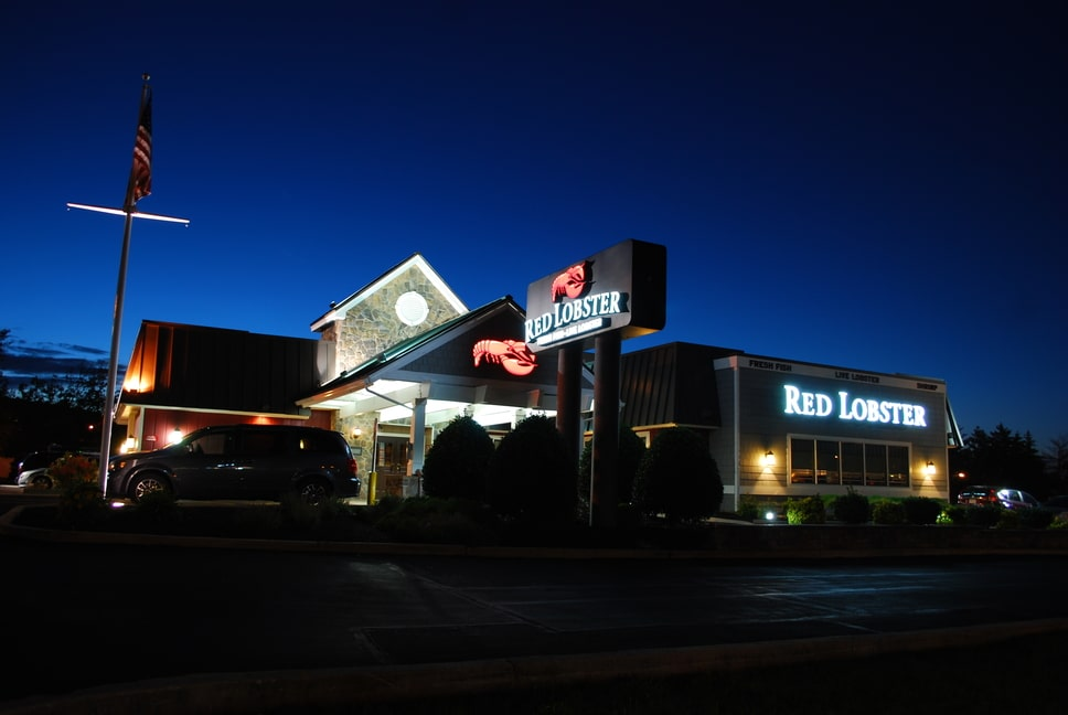 red-lobster-exterior-signs-9